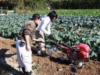 写真:農業機械の就農研修風景